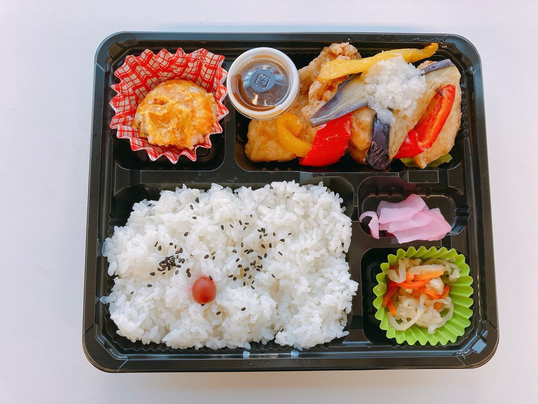 【B】鶏むね肉と野菜のみぞれあん